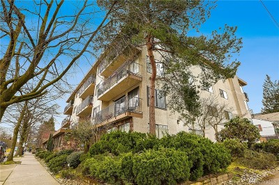 Condo/Townhouse Sold: 8015 Greenwood Ave N #301