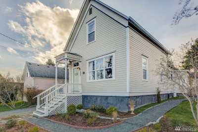 Coupeville Single Family Home For Sale: 205 NE 9th St