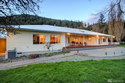 Sedro Woolley Single Family Home For Sale: 24090 Old Day Creek Rd