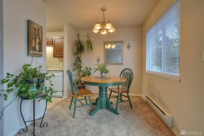 Bellevue Condo/Townhouse Sold: 5710 122nd Ave SE #184