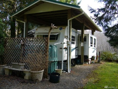 Forks WA Single Family Home For Sale: $129,000