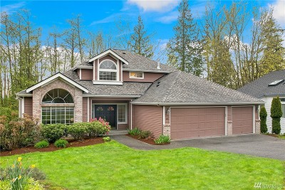 Everett Single Family Home For Sale: 609 40th Place