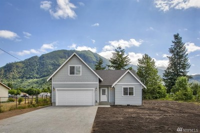 Darrington Single Family Home For Sale: 550 Commercial Ave