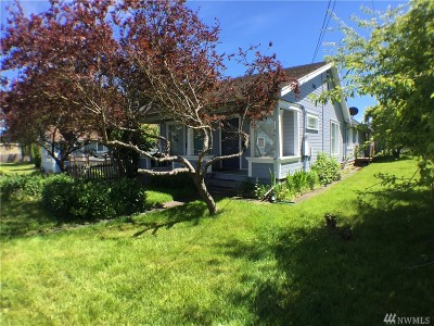 Anacortes Multi Family Home For Sale: 1117 16th St