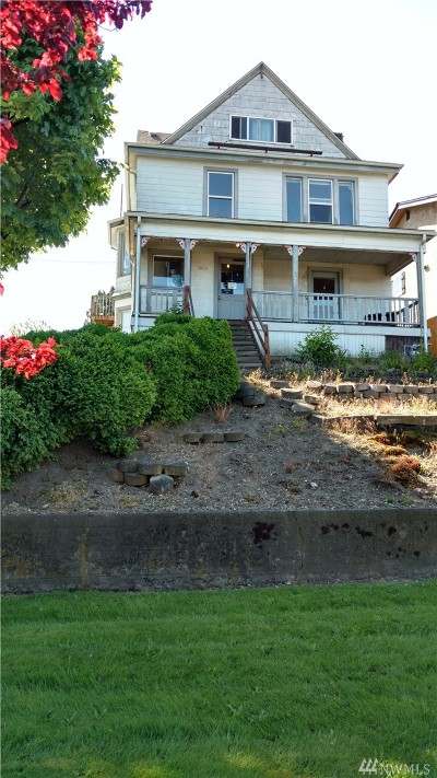 Everett Multi Family Home For Sale: 3432 Lombard Ave