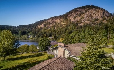 Anacortes Single Family Home For Sale: 4941 Sharpe Road