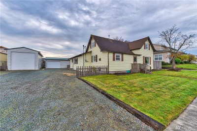 Anacortes Single Family Home For Sale: 1019 26th St