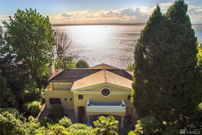 Seattle Single Family Home For Sale: 3035 Perkins Lane W