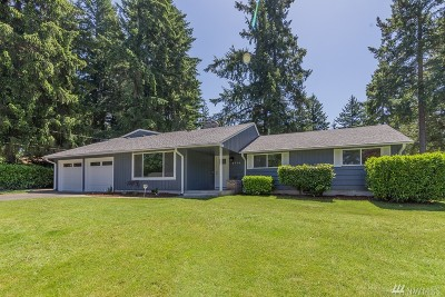 Lakewood Single Family Home For Sale: 8714 105th St Ct SW