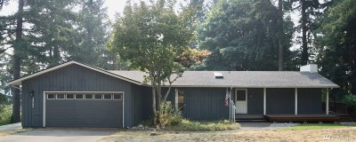 Lakewood Single Family Home For Sale: 10208 104th St Ct SW