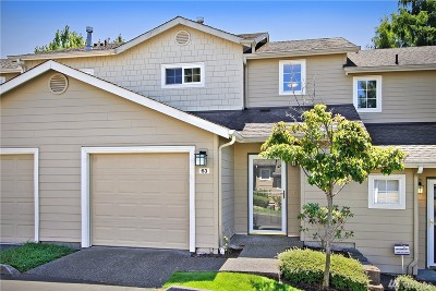 Snohomish County Condo/Townhouse For Sale: 1430 W Casino Rd #63