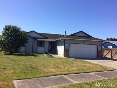 Burlington Single Family Home For Sale: 1218 Bradley Ct