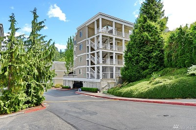 Bothell Condo/Townhouse For Sale: 17426 Bothell Wy NE #A104