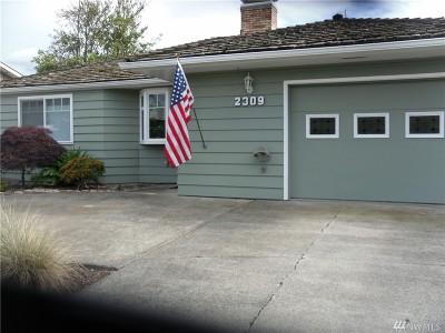 Single Family Home For Sale: 2309 Eldridge Ave