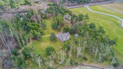 Oak Harbor Single Family Home For Sale: 1257 West Beach Rd