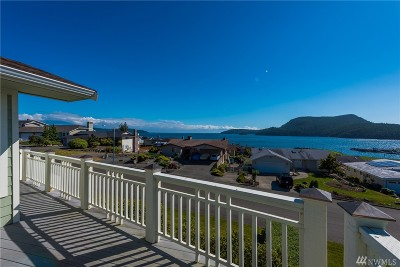 Anacortes Single Family Home For Sale: 4905 Macbeth Dr