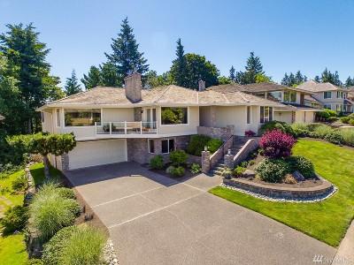 Everett Single Family Home For Sale: 1625 Edgemoor Lane