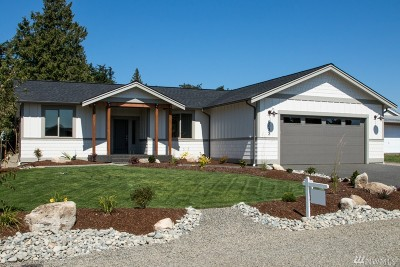 Blaine Single Family Home For Sale: 8033 Niska Rd
