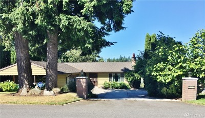 Lake Tapps Single Family Home For Sale: 3110 Deer Island Dr E