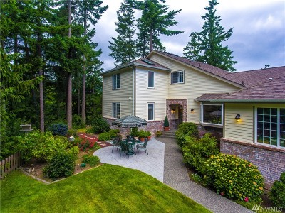 Anacortes Single Family Home For Sale: 6953 San Juan Hill Lane