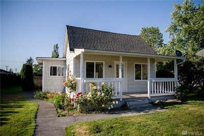 Sumas Single Family Home Sold: 216 Mitchell St