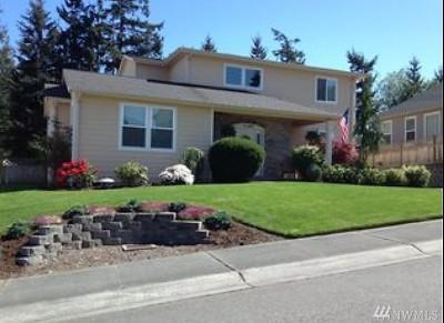 Oak Harbor Single Family Home For Sale: 2140 SW Vista Park Dr