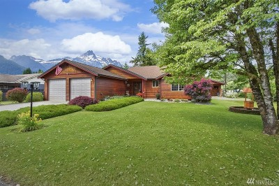 Darrington Single Family Home For Sale: 755 Madison Ave