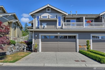 Mukilteo Condo/Townhouse For Sale: 7719 Island View Ct #A