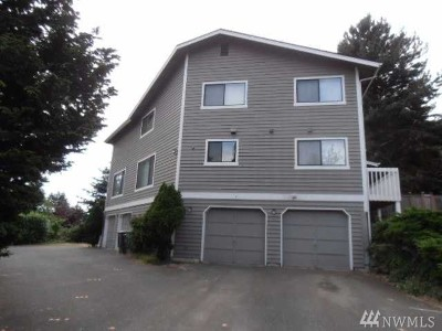 Kenmore WA Multi Family Home For Sale: $950,000