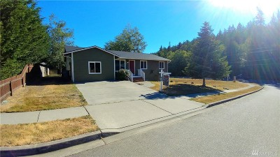 Anacortes Single Family Home For Sale: 2415 Forest Park Lane