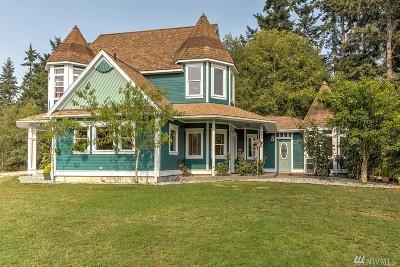 Oak Harbor Single Family Home For Sale: 660 E Sleeper Rd