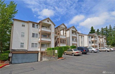 Renton Condo/Townhouse For Sale: 10824 SE 170th St #A304