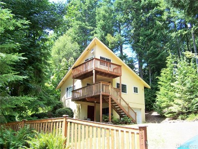 Lilliwaup Single Family Home Pending: 221 N Trail Head Lp