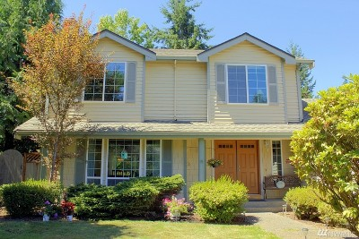 Renton Single Family Home For Sale: 18437 135th Place SE
