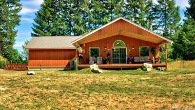 Rainier Single Family Home For Sale: 975 Tipsoo Lp N
