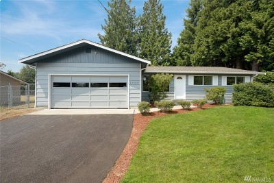Lynnwood Single Family Home For Sale: 17509 31st Place W