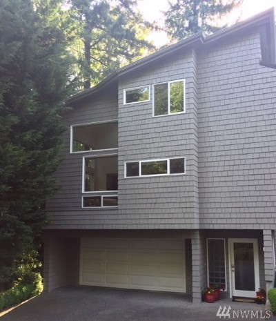 Mercer Island Condo/Townhouse For Sale: 9310 SE 36th St