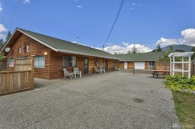 Darrington Single Family Home For Sale: 1250 Cascade St