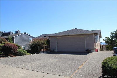 Anacortes Single Family Home For Sale: 5201 Sterling Dr