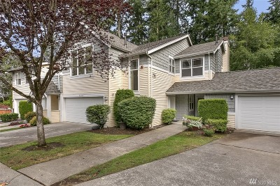 Bothell Condo/Townhouse For Sale: 714 228th St SW #0-203