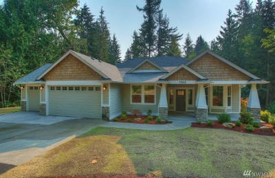 Kent Single Family Home Contingent: 17608 SE 236th Place