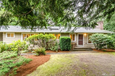 Olympia Single Family Home For Sale: 2840 Cooper Point Rd NW