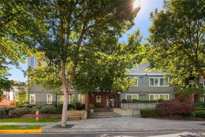 Redmond Condo/Townhouse For Sale: 7912 170th Ave NE #305