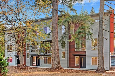 Bellevue Condo/Townhouse For Sale: 1609 163rd Place NE #G 1