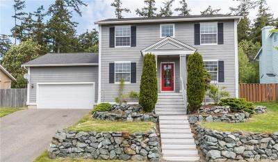 Oak Harbor Single Family Home For Sale: 906 SW Eagle Vista Ave