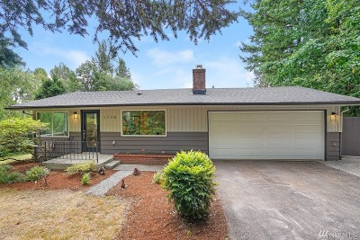 Bothell Single Family Home For Sale: 1728 194th St SE