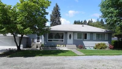 Burien Single Family Home For Sale: 16009 Des Moines Memorial Dr S