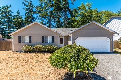 Island County Single Family Home For Sale: 677 SW Regency Dr