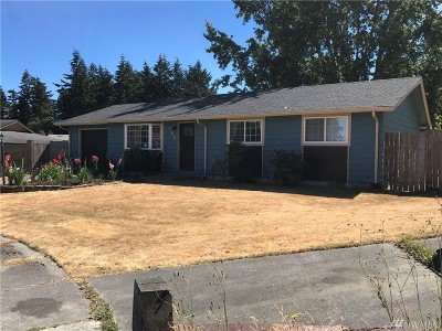 Island County Single Family Home For Sale: 185 NW 10th Ct