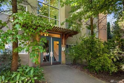 Seattle Condo/Townhouse For Sale: 2111 E John St #104